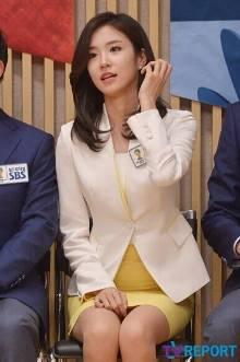 作为巴西世界杯上爆红的韩国sbs美女主播